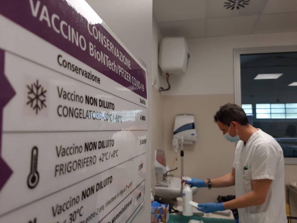 Volontari nei Punti vaccinali, candidarsi per collaborare
