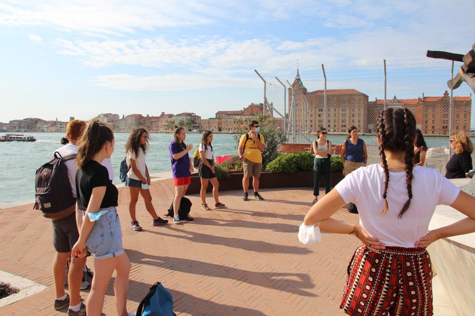 Giovani a Venezia e Trieste lungo la rotta balcanica