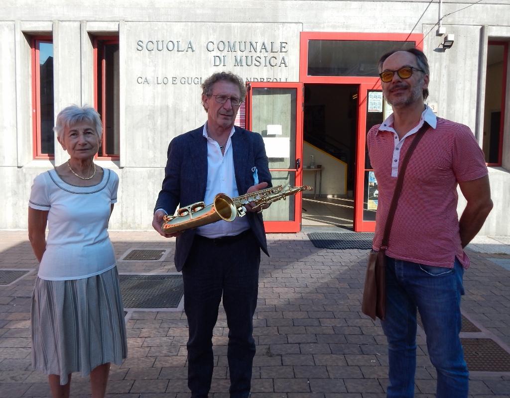 La San Vincenzo dona un sax alla Fondazione Andreoli