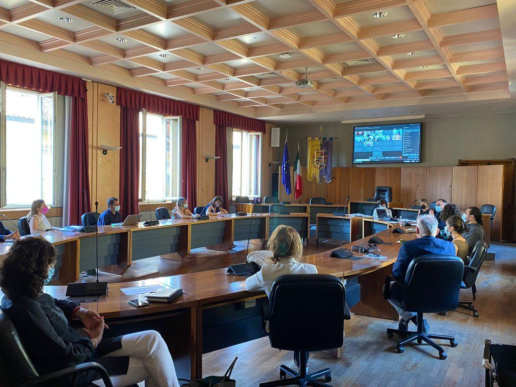 Lezioni in presenza, investiti 54 milioni di euro per favorire il sistema scolastico